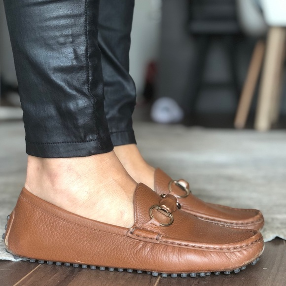 Gucci shoes in cognac